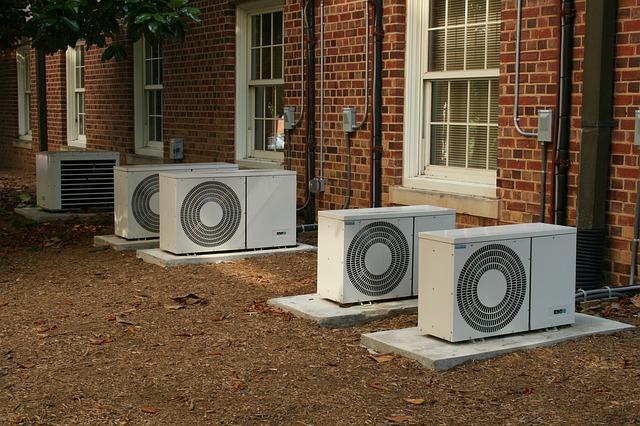 電気工事~コンセント延長の概要と近年のエアコン事情